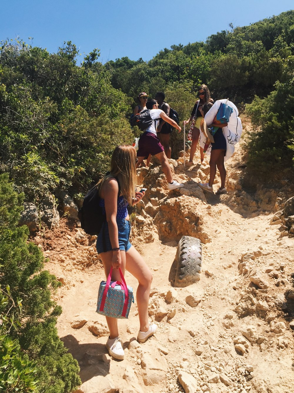 Hiking to Ribeiro de Cavalo