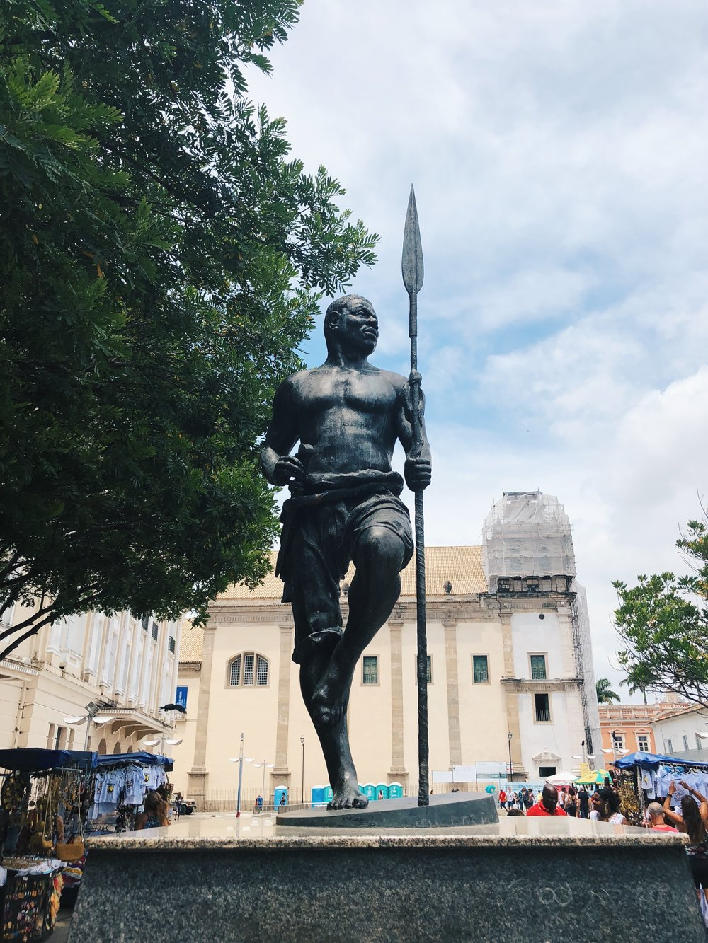 Statue in Pelo commemorating Zumbi dos Palmares, pioneer against the resistance to slavery and colonialism.