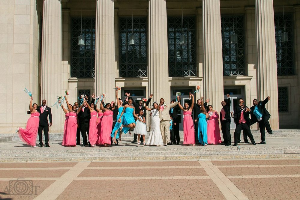 michigan-wedding-party-portraits.jpg