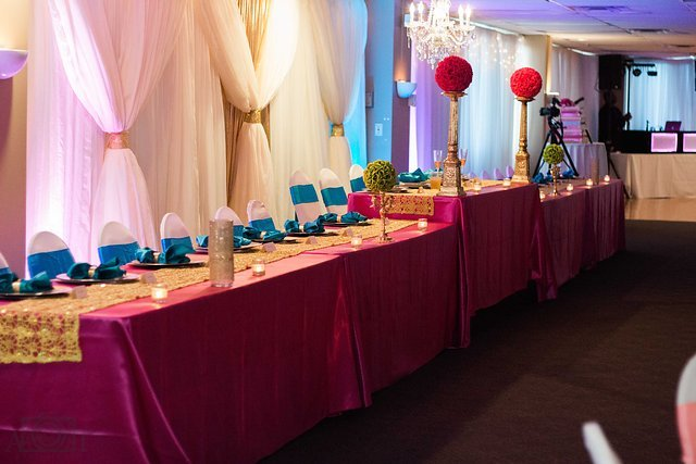 michigan-reception-commonwealth-jackson-wedding-decorations-colorful.jpg
