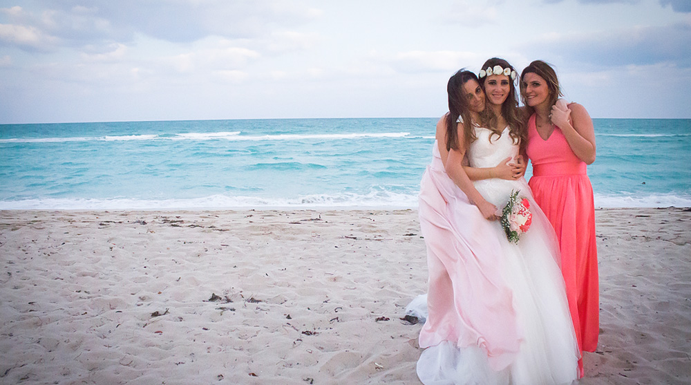 miami-bridesmaid-beach-ceremony-wedding-gown-blue-sea-view-family-sisters-photographer-pink-blush-white-los-angeles-photographer-elopement-engagement-photos.jpg