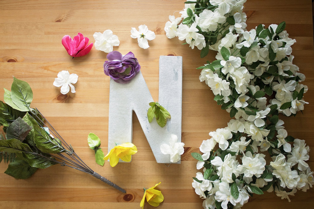 diy-d-i-y-floral-letters-photography-props-1st-birthday-ideas-crafts-so-cal-photographer-cost-effective-props-photography