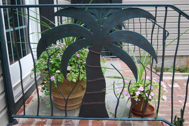 Palm rail 1.jpg