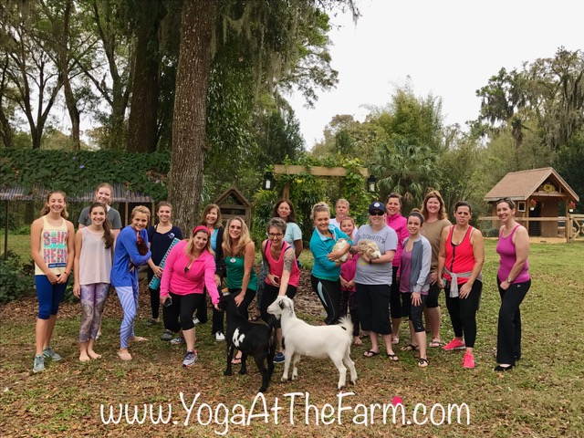 Farm Yoga group 2-25.jpg