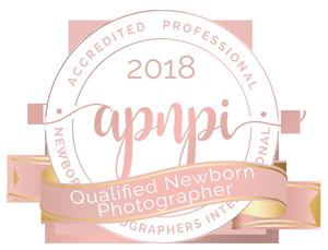 Qualified Newborn Photographer