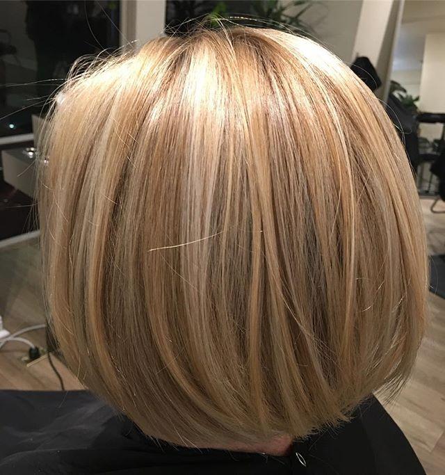✨HAND PAINTED HIGHLIGHTS✨ . . . . . #wella #blondor #hairpainting #hairpainttheworld #citizenhair #citizenbabe #goodhairforthepeople #nomomhairhere #hotmoms #blonde #highlights #balayage #831hairstylist #montereysalon #montereystylist #razorbob #boblife #plierrazor #kashoshears