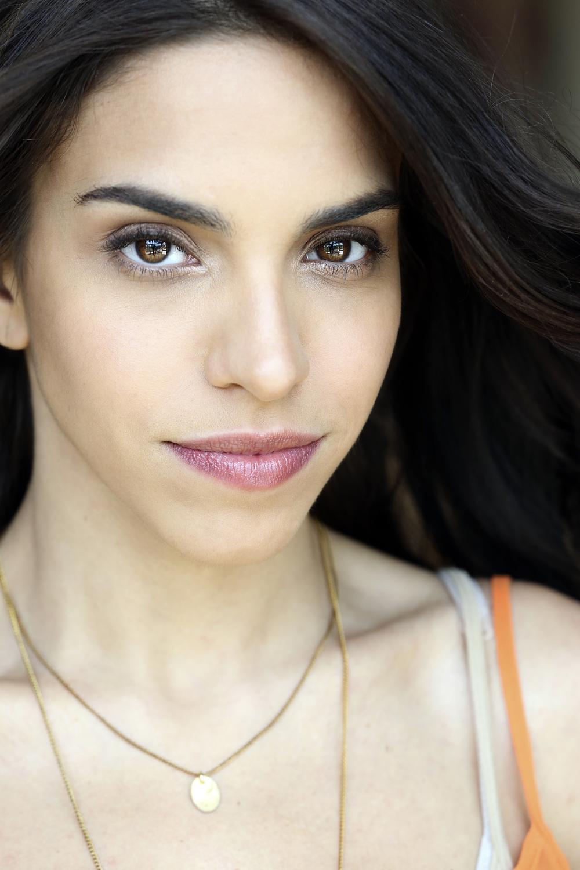 Mariana Da Silva 2159.jpg