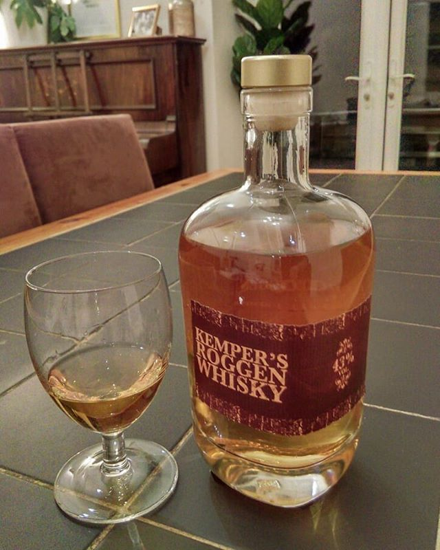 Cool Rye Whisky from a German town called Olpe. Sent over from family on my wife's side 😋