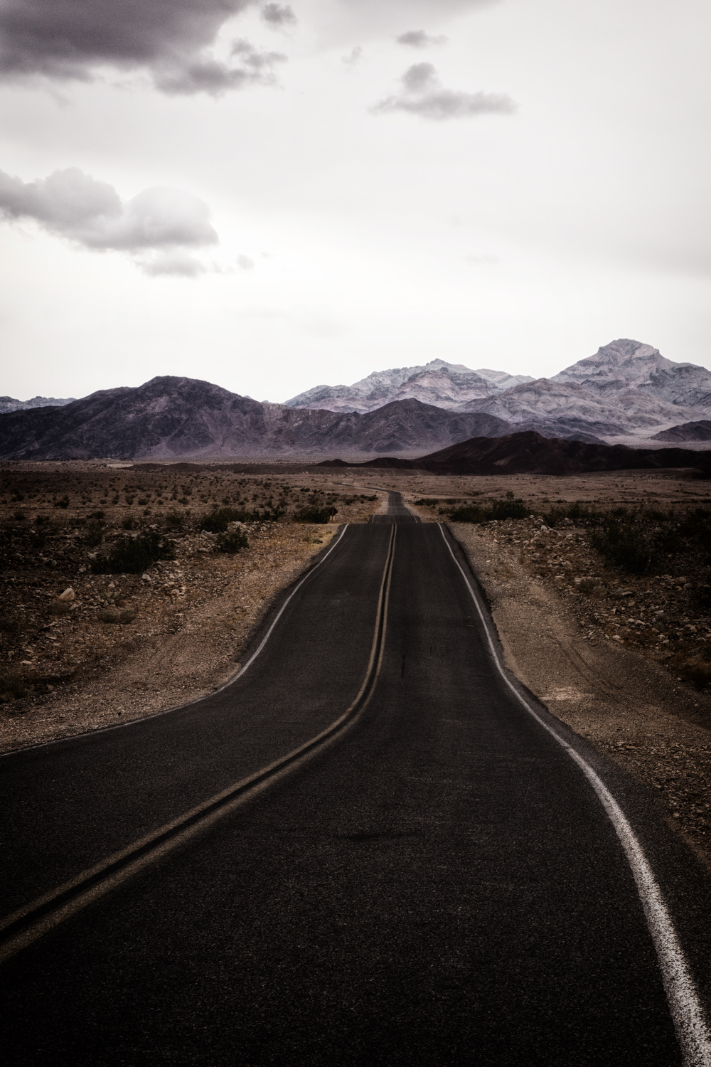 Death Valley -  Road West