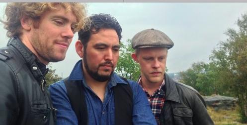 Onsdagen 23/11  Gabriel Aguilera trio är ett band med sydamerikanska influenser som blandar tankar, berättelser, drömmar och musik med olika stilar som jazz, pop och folk. Poesi, musik och improvisation sammanförs i detta uttryck för latinamerikansk musik. Kl. 19. Restaurang Kultur på Burk. Fri entré
