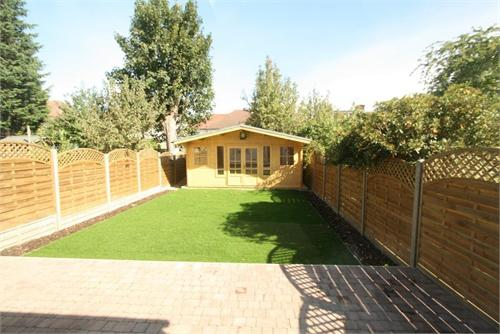 Park View Gardens Hendon NW4 pic 2.jpg