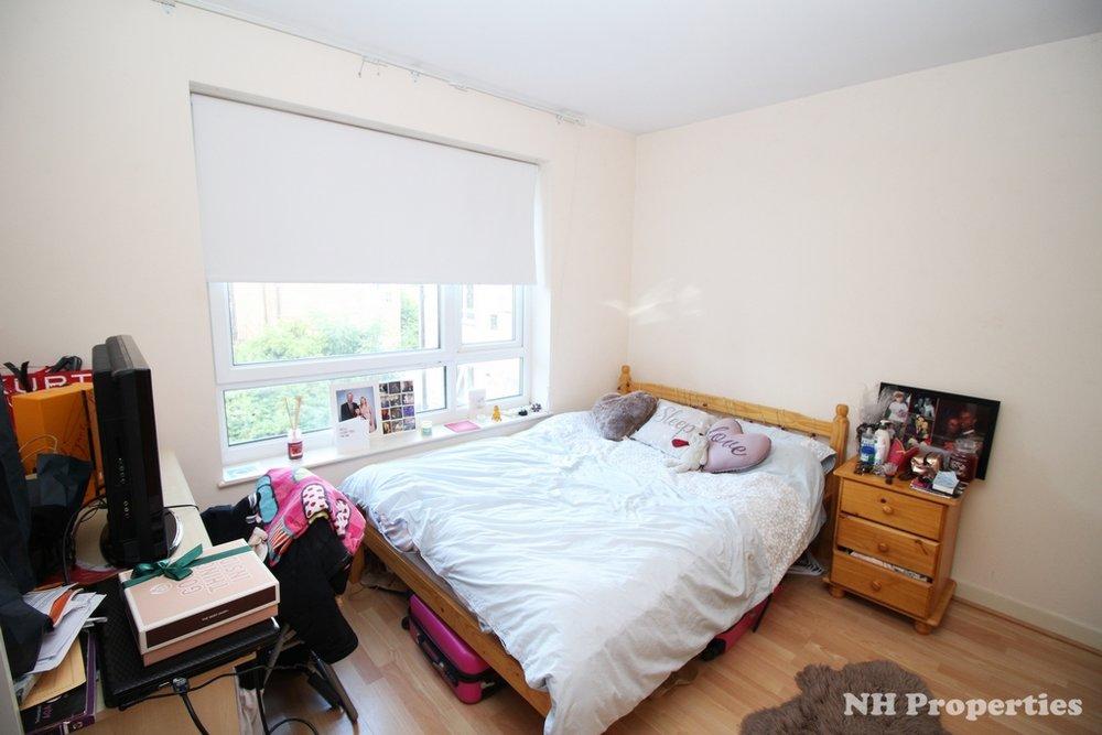 Grahame Lodge Hendon bedroom2 06jpg.jpg