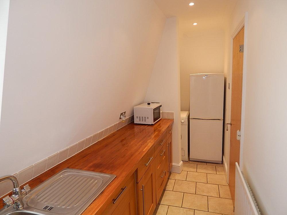 kitchen 04.jpg