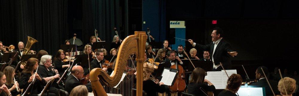 mass phil w harp.jpg
