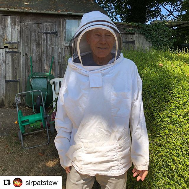We couldn't help but share this picture of Sir Patrick Stewart! It just goes to show it's never too late to start a new hobby / do something you've always dreamt of. Happy beekeeping Sir! 🐝🐝 • #Repost @sirpatstew ・・・ Since I was a child, I've fantasized about keeping bees, and I finally am. BeeStew! 🐝