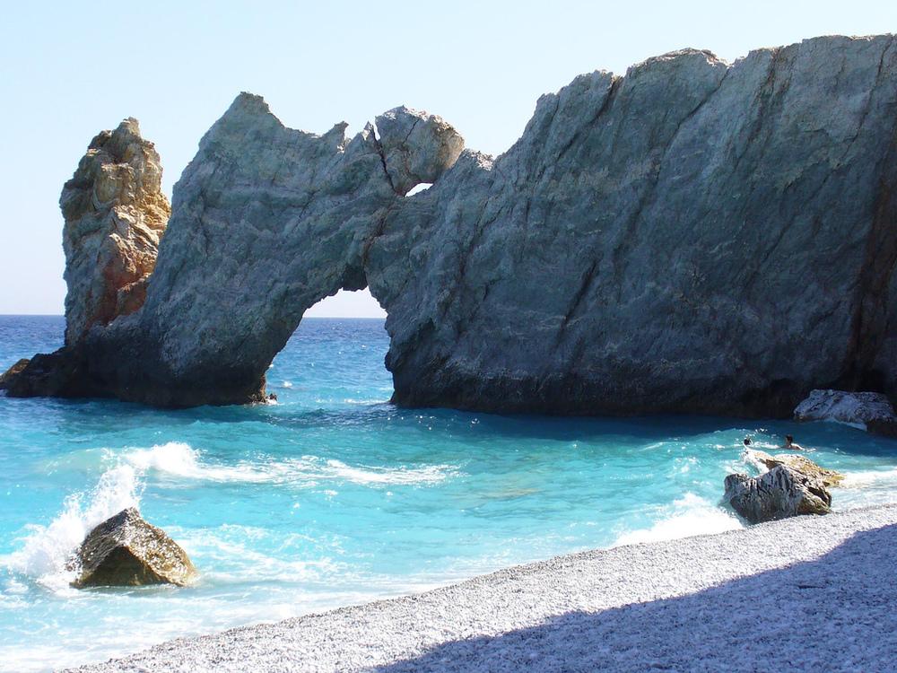 Lalaria_Beach.jpg