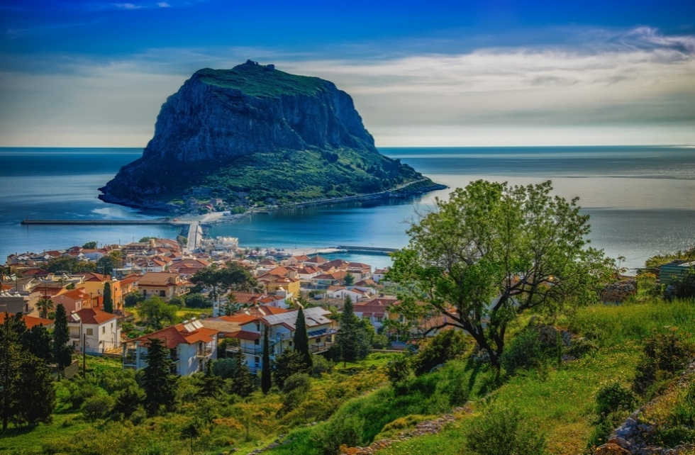 Monemvasia-Photo-by-XRISTOS-GIOFKOS-980x642.jpg