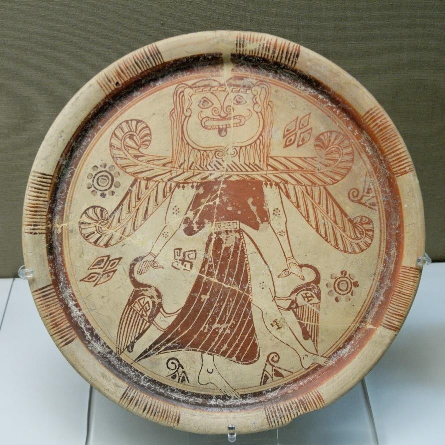 Fig.9: Gorgon/Gorgon-Headed Goddess plate from Rhodes. British Museum. Author: Marie- Lan Nguyen 2007.