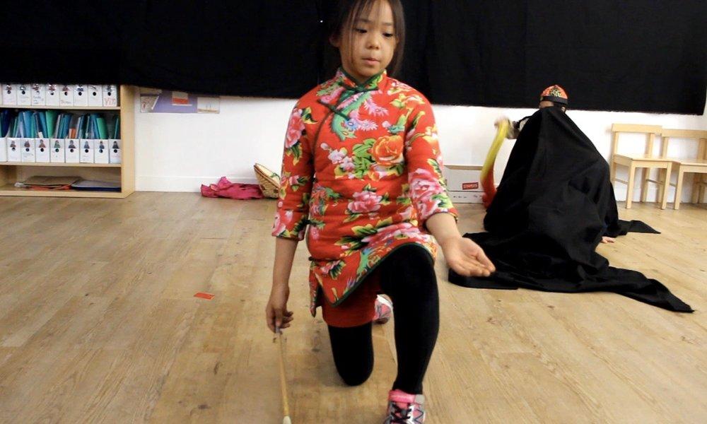 神笔马良MAGIC PAINTBRUSH - Daystar AcademyClassroom Stage  Beijing, China Grade 2 Chinese Students  December, 2014