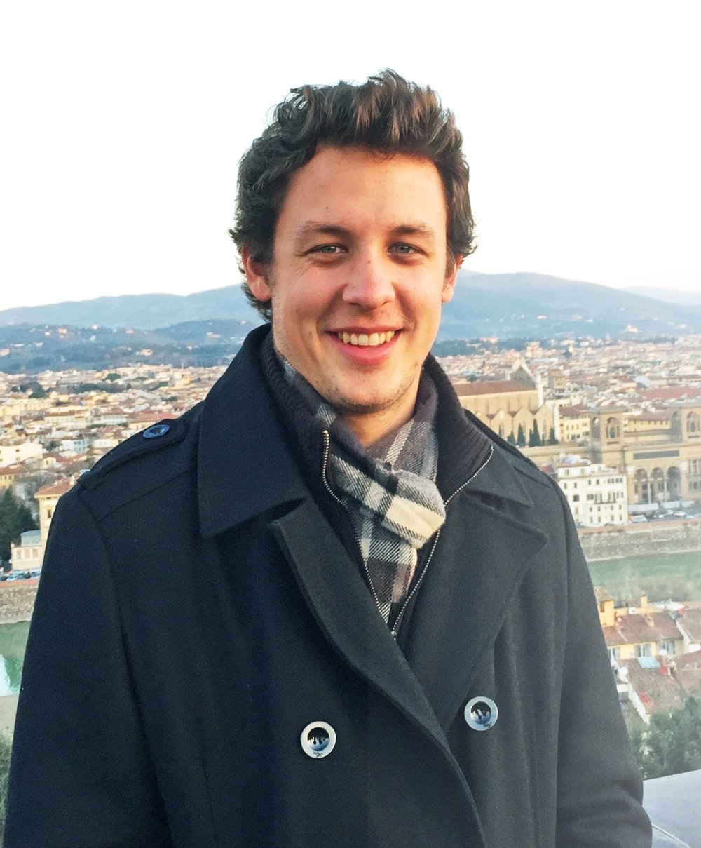 luke firenze portrait small.jpg