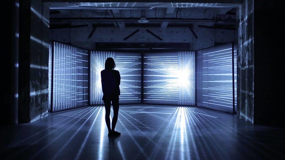 dynamic-light-based-art-Nontak-daydream-v-4.jpg