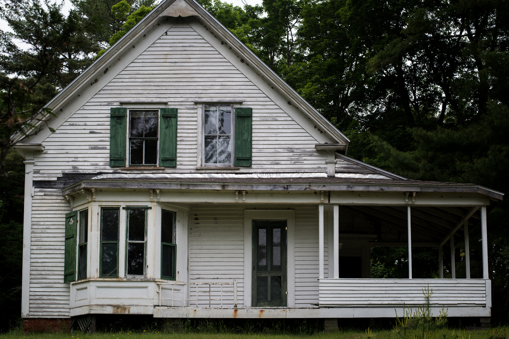 I hope the resources can be found to restore this house.