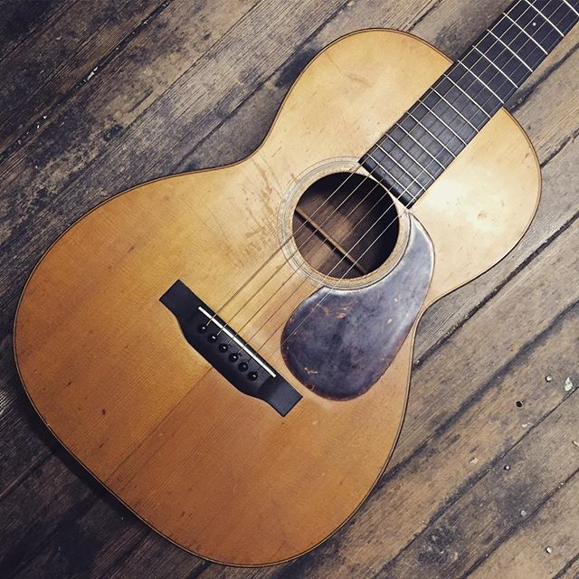 1934 Martin 00-18 #martin #0018 #1934 #vintageguitar #acousticguitar #nazarethpa