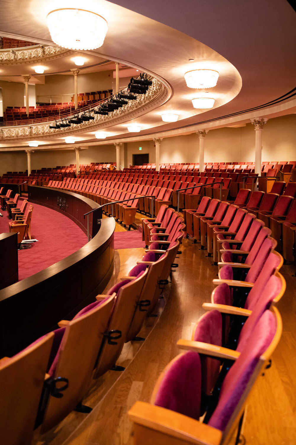 Take your seat - Enter Springer Auditorium and find wider, cushiony seats with added legroom, ensuring comfort during even the longest of sings. (We're looking at you, Herr Wagner.) Plus, many seating rows have been elevated to optimize views of the stage.