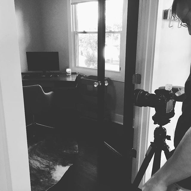 Professional photos being taken at a great new listing to hit the market soon! #eastnashville  #drewjohnsonrealestate #century21 #realtor #forsale #nashvillerealestate  Century 21 Premier 7101 Executive Center Dr #141 Brentwood, TN 37027 O: 615-373-2160 C: 615-496-1113 www.drewjohnsonrealestate.com