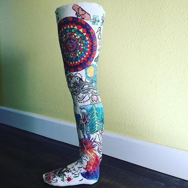 #hanalokahitherapy #hanalokahi #mentalhealth #onlinecounseling #sculpture #legday #arttherapy