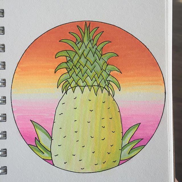 #pineapple #mandala #arttherapy #hanalokahi #hanalokahitherapy #stressreliever #dailymandala #dailyart #makearteveryday