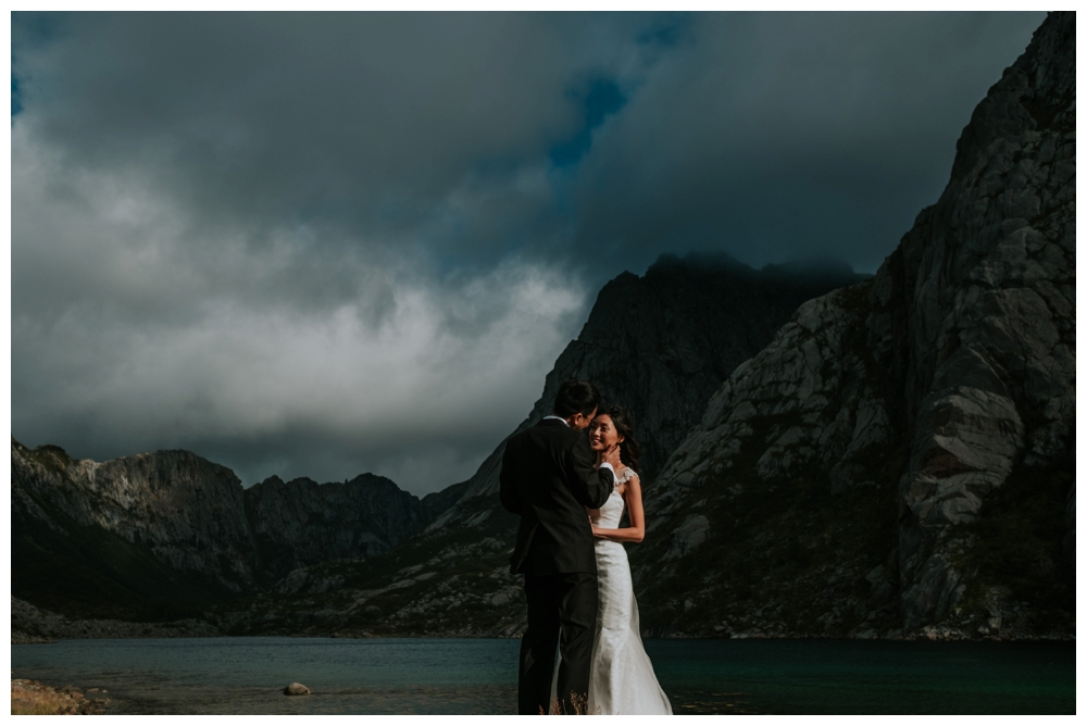 wedding elopement lofoten norway giskehaug_0022.jpg