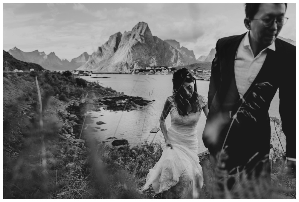 wedding elopement lofoten norway giskehaug_0031.jpg