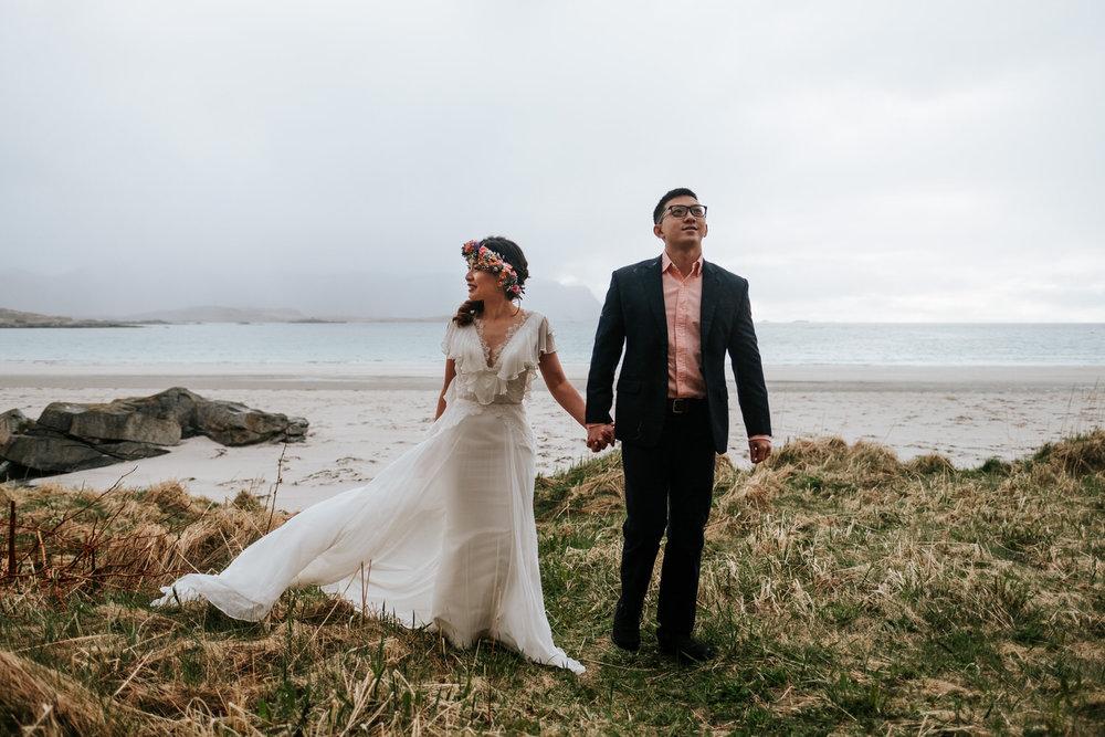 windy wedding photo from Lofoten Norway