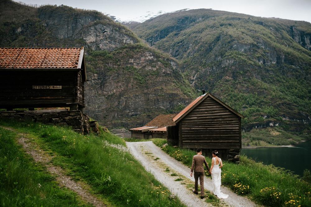 weding elopement western norway aurland 3.jpg