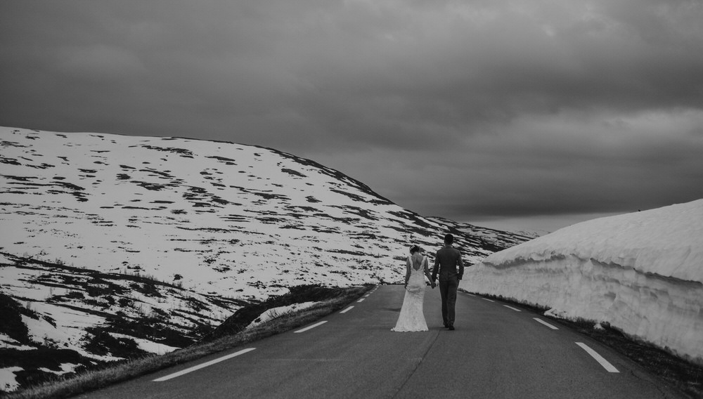 weding elopement western norway aurland 19.jpg
