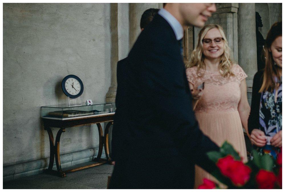 vigsel i stadshuset_brollop i stadshuset_brollopsfotograf stockholm_linda rehlin kruse_hur gifter man sig borgerligt