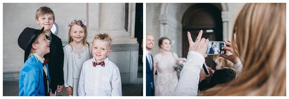 bröllopsfotograf stockholm stadshuset, bröllop i stadshuset, bröllopsbilder, vigsel i stadshuset, borgerlig vigsel bröllopsfotograf, linda rehlin, cecilia pihl, så går en borgerlig vigsel till,
