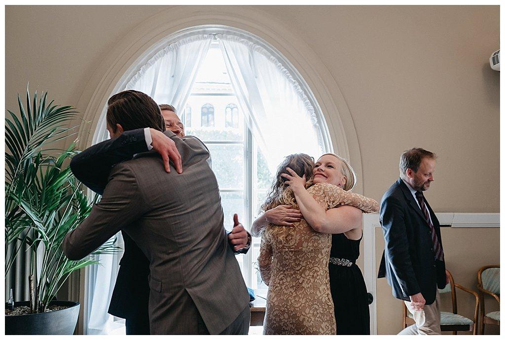 c78fa836ac2e bröllopsfotograf stockholm stadshuset, bröllop i stadshuset,  bröllopsbilder, vigsel i stadshuset, borgerlig vigsel