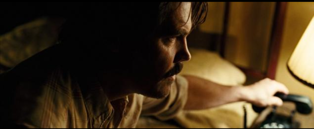 Low-Key Lighting:  No Country for Old Men  (2007) Roger Deakins Cinematographer