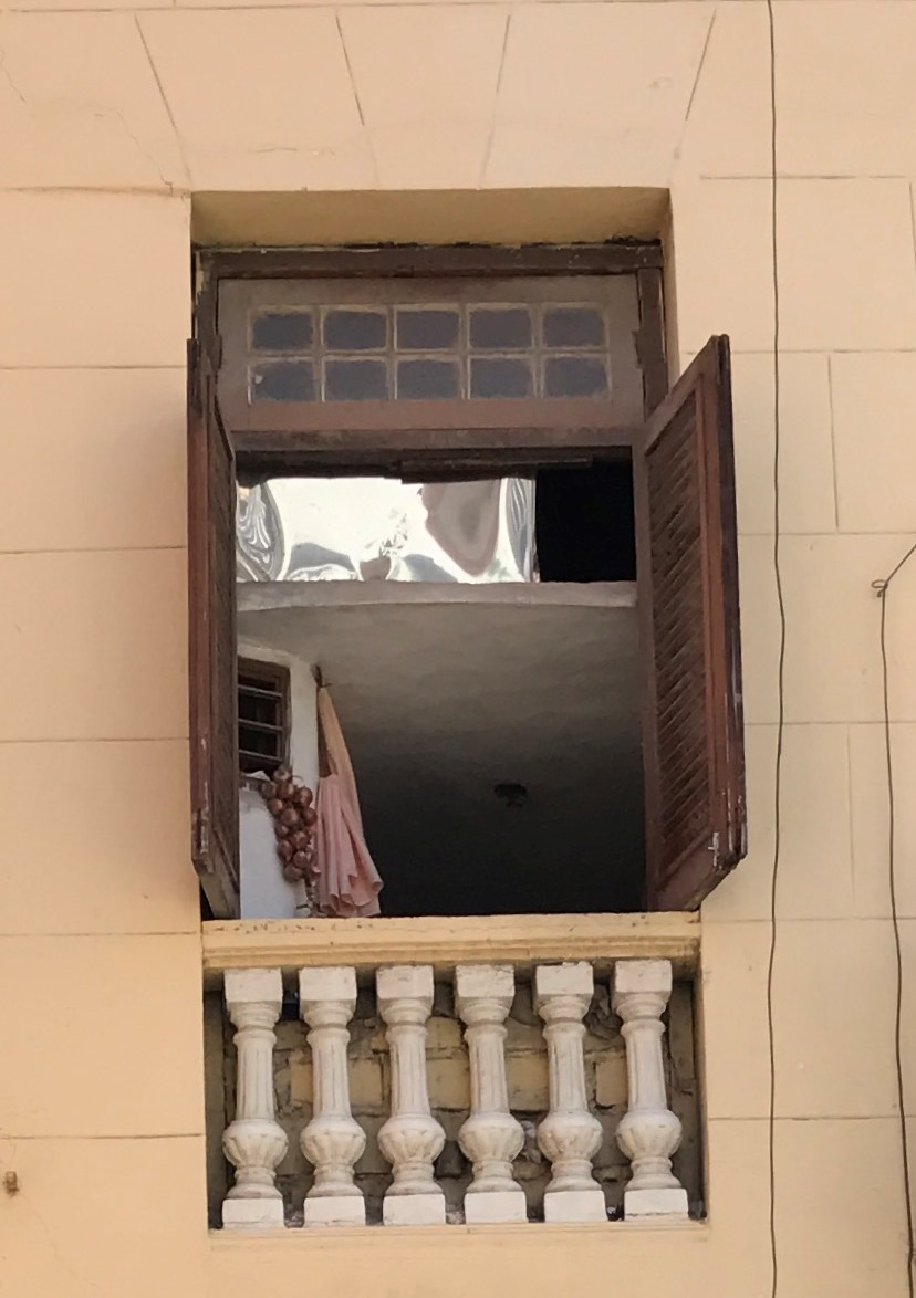 one window,   two floors - Creativity in Cuba