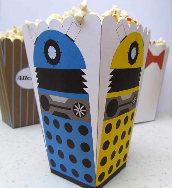 Dalek-Popcorn-Holder-by-F_A.jpg