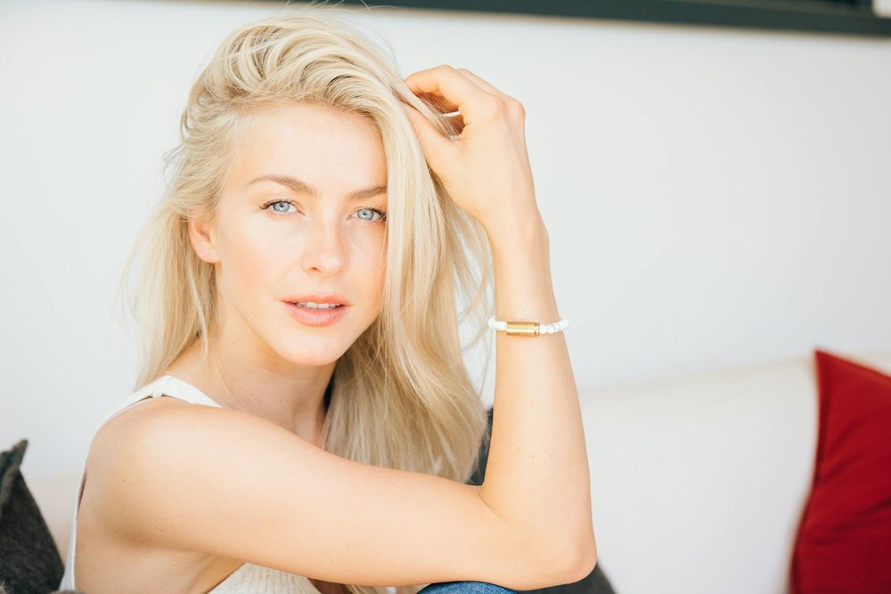 JULIANNE HOUGH - @JULESHOUGH