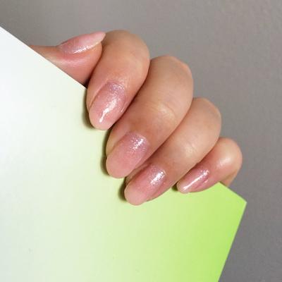 """Sally Hansen """"120 Diamonds"""" / China Glaze """"551 fairy dust"""" / Essie """"160 sugar daddy"""", """"545 pink glove service"""""""