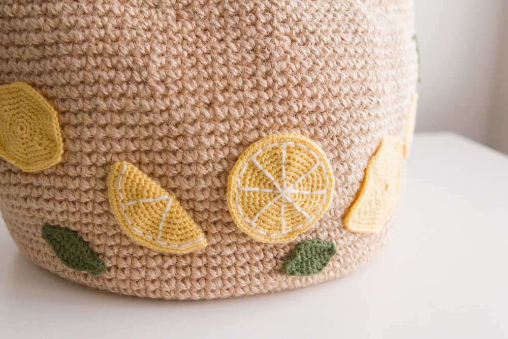Crocheted lemons slices up close