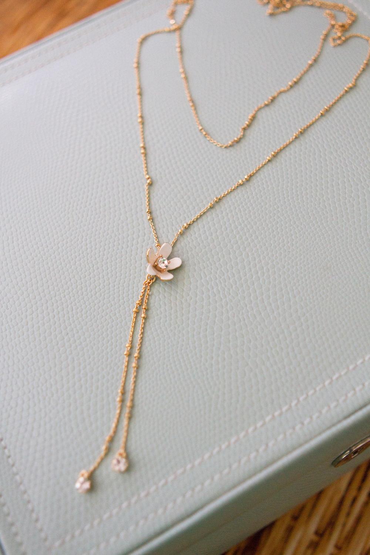 Pretty Petals Y Necklace