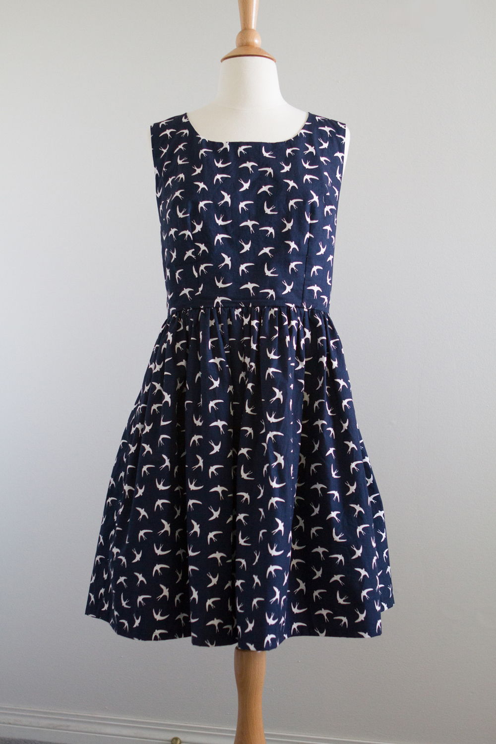 Simplicity 1873 in Swallow print fabric