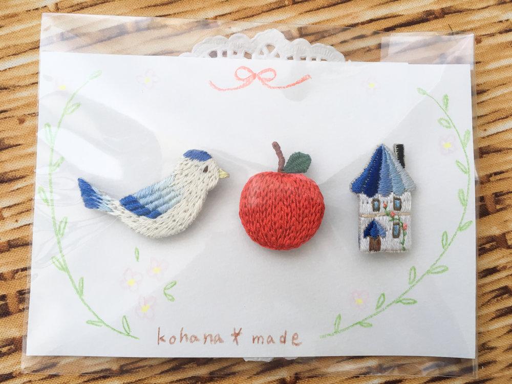 Hand-embroidered pins made by kohana*made