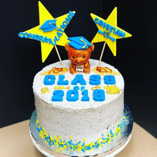 Happy graduation to Cristian!! His mama got him a chocolate cake filled with Oreo cheesecake buttercream and decorated with things he loves + inside jokes. Good luck in high school next year! ^_^ . . . #graduation #cake #cakestagram #cakestagram #middleschool #cupertino #littlebear #classof2018 #blueandyellow #trumpet #snowshoes #band #gradcap #oreo #cheesecake #buttercream #chocolate #graduationcake #🤤