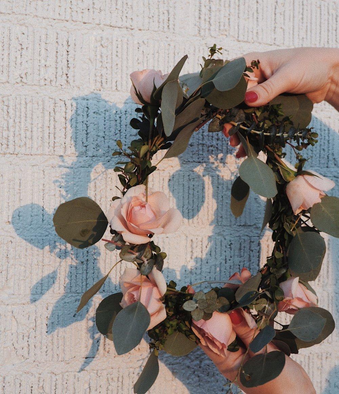Simple diy flower crown simplyb izmirmasajfo